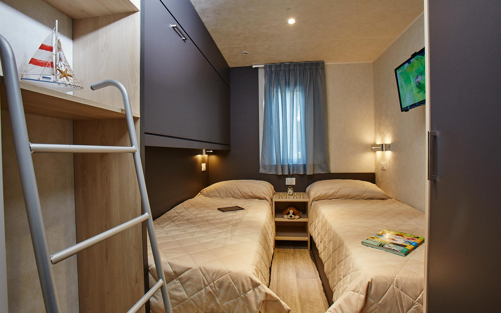 12-Apartment in campsite