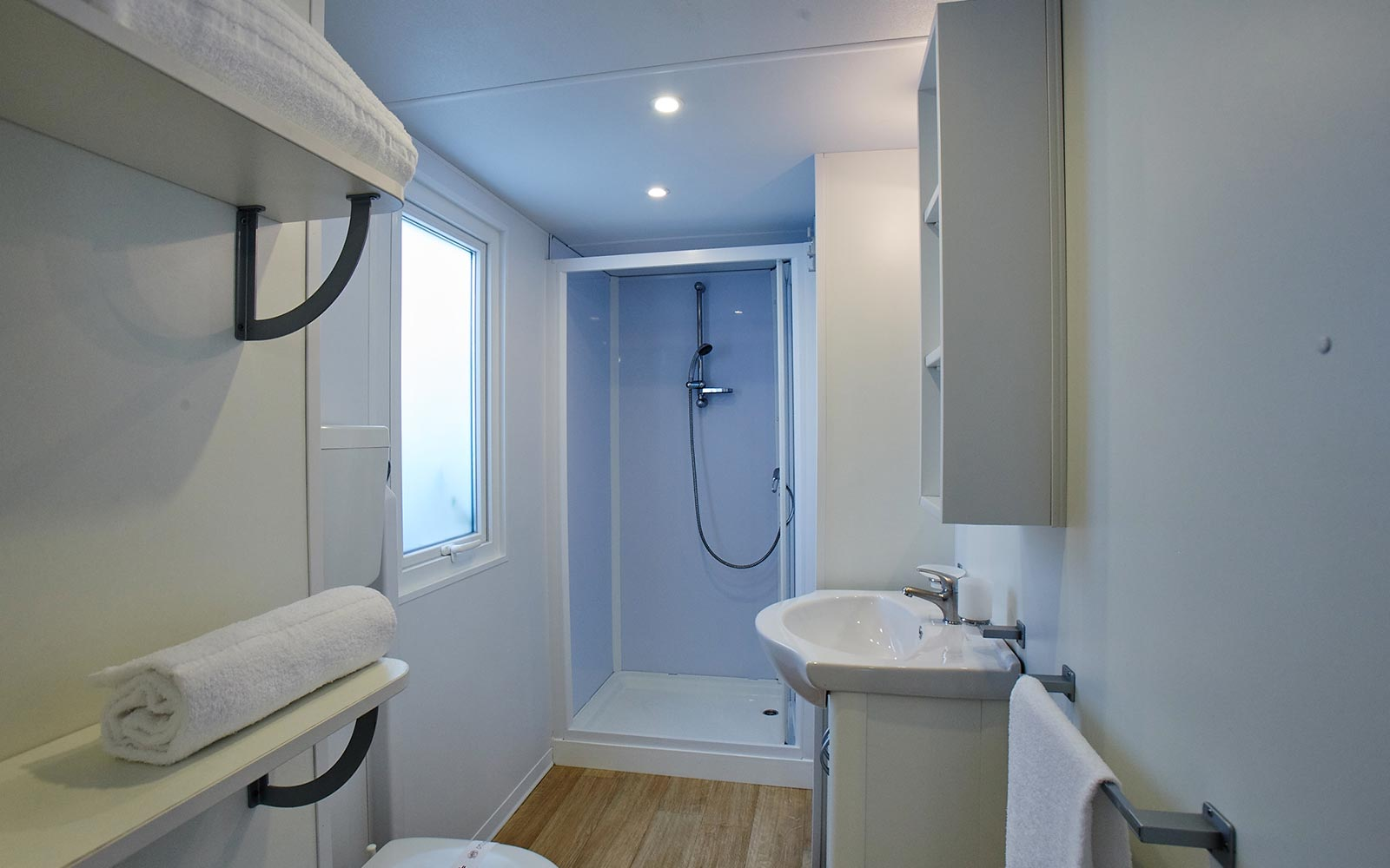 8-Bathroom in campsite