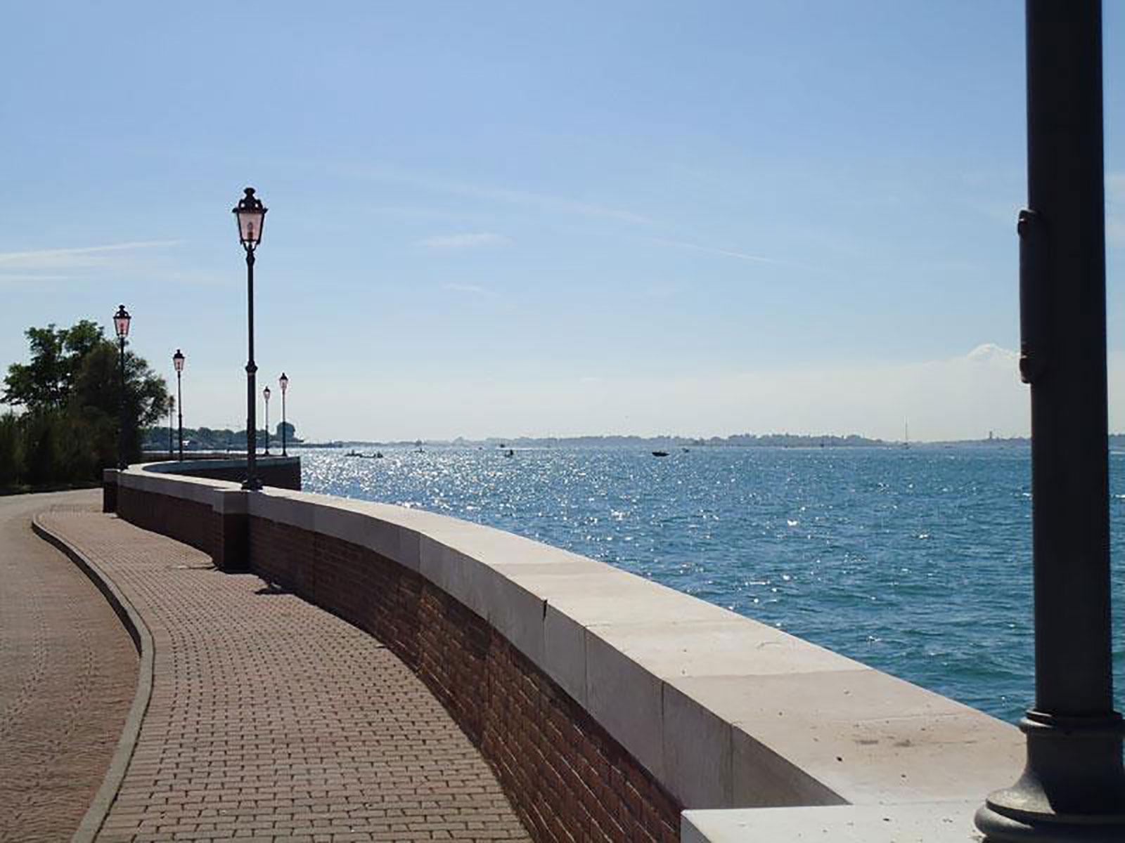 10---Passeggiare-sul-mare-a-Cavallino-Treporti