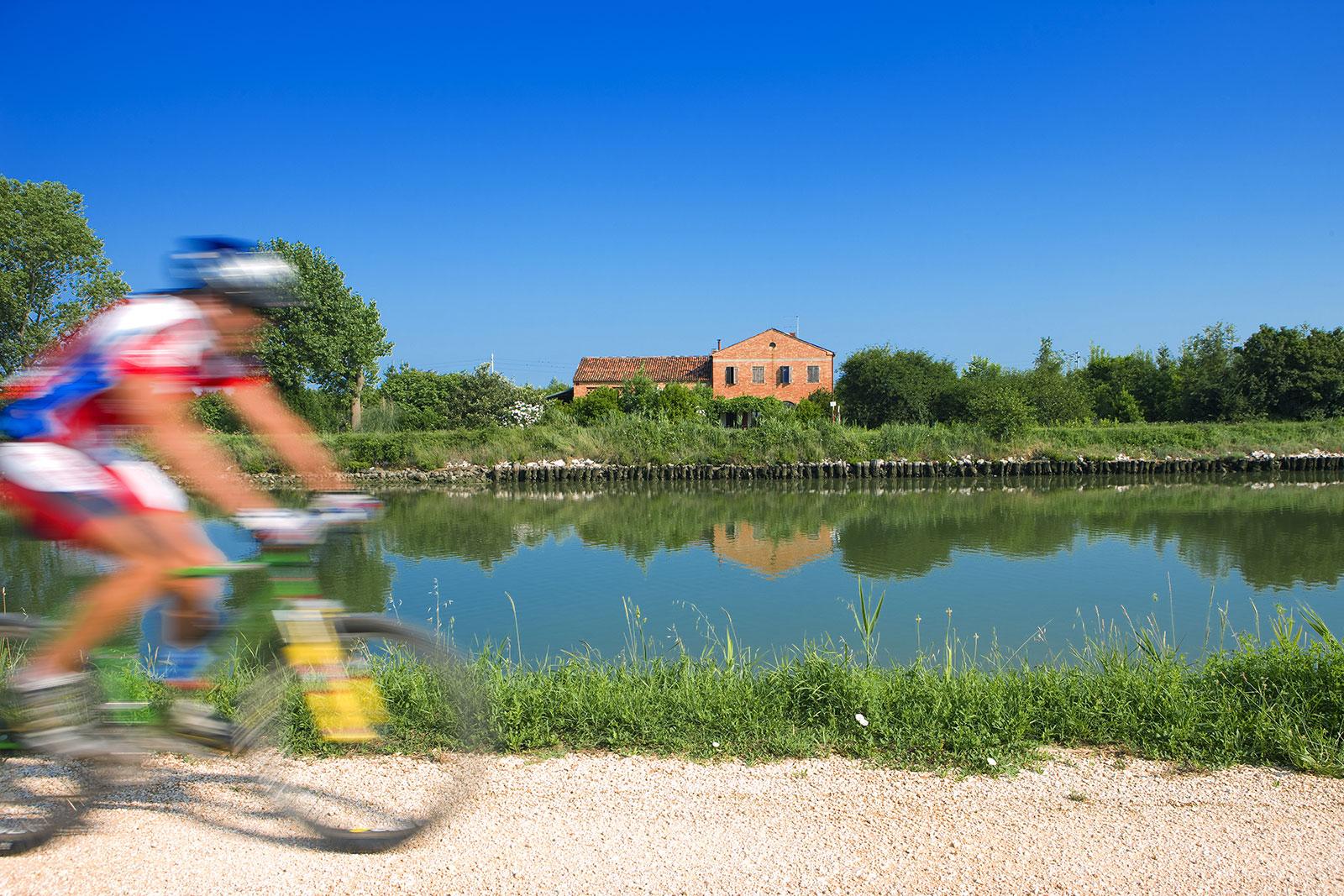 14---Rad-fahren-in-der-Natur-in-Cavallino-Treporti---Venedig