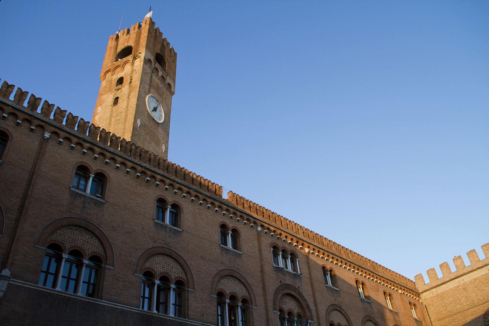 2-Treviso-Piazza-dei-Signori