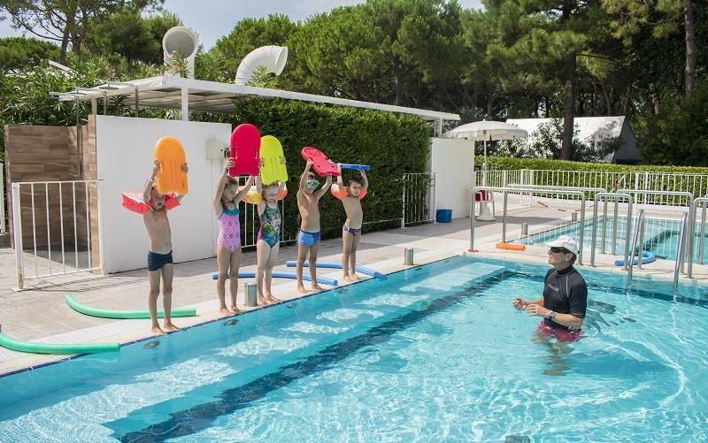 02-Swimming-School-Camping-Dei-Fiori