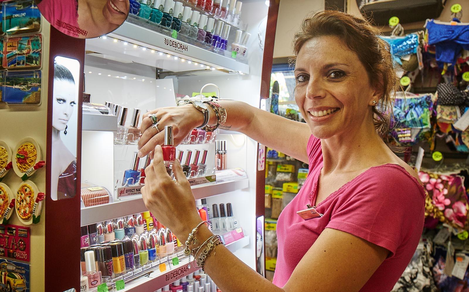 2-Beach-items-nail-polish-eye-wear