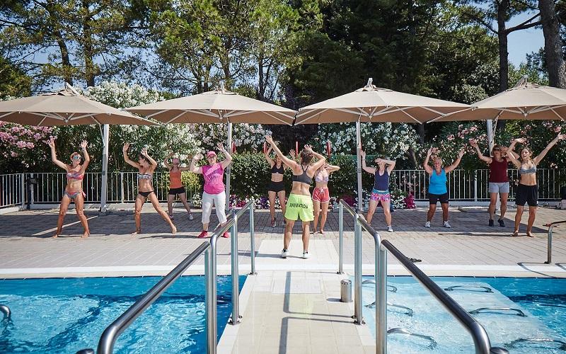 2-Yoga-stretching-zumba-holidays-Cavallino