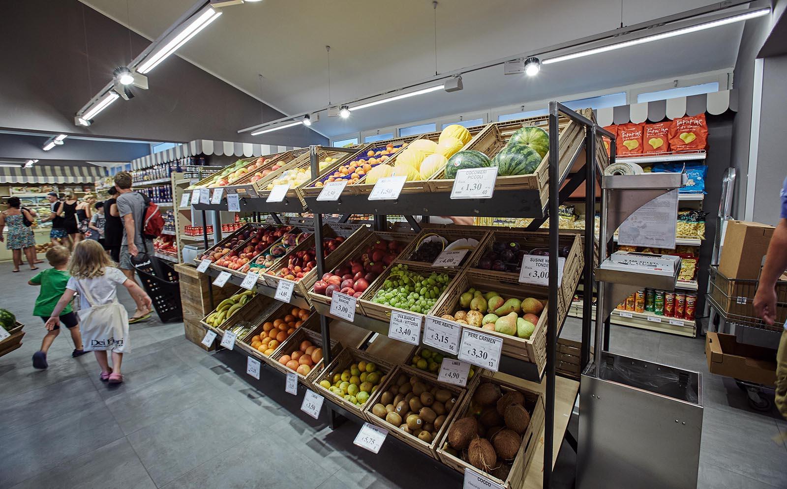4-Fruit-vegetables-Obst-Gemuese-Supermarkt