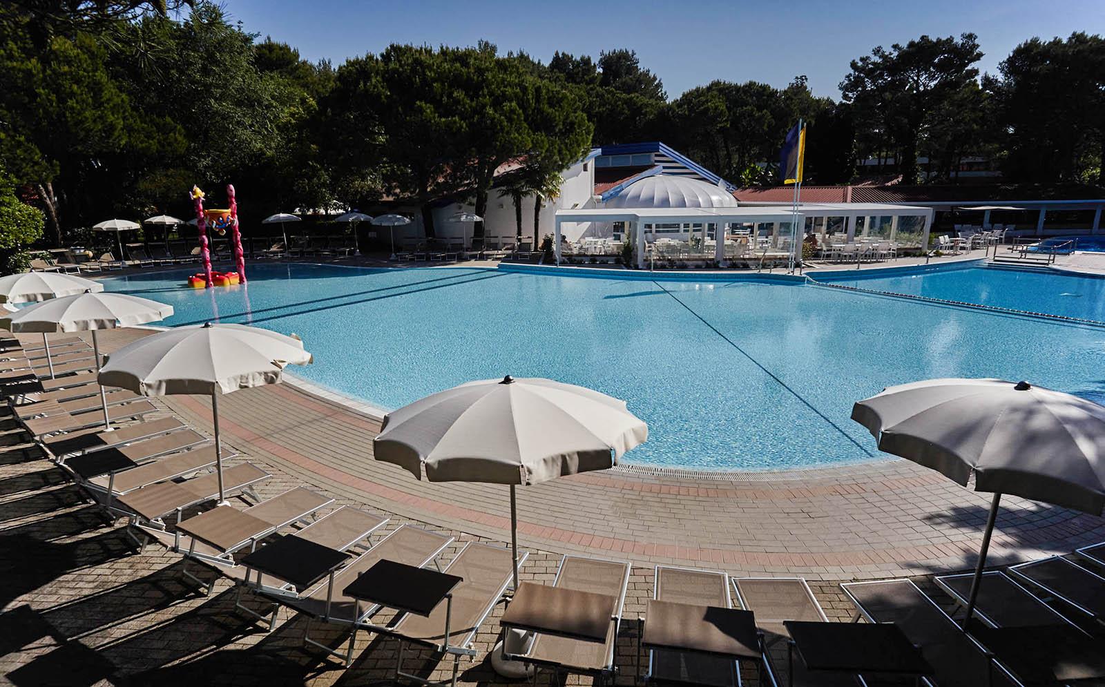 6-Campingplatz-mit-schwimmbad-Cavallino