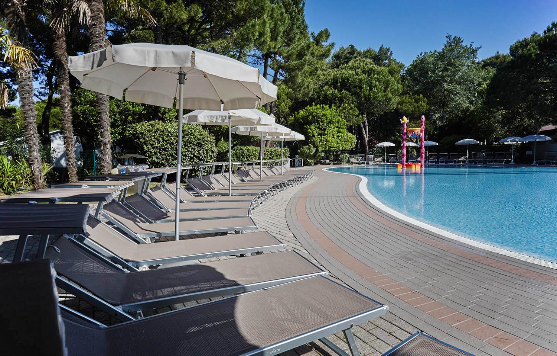7-Vacanze-per-famiglie-piscina-Jesolo