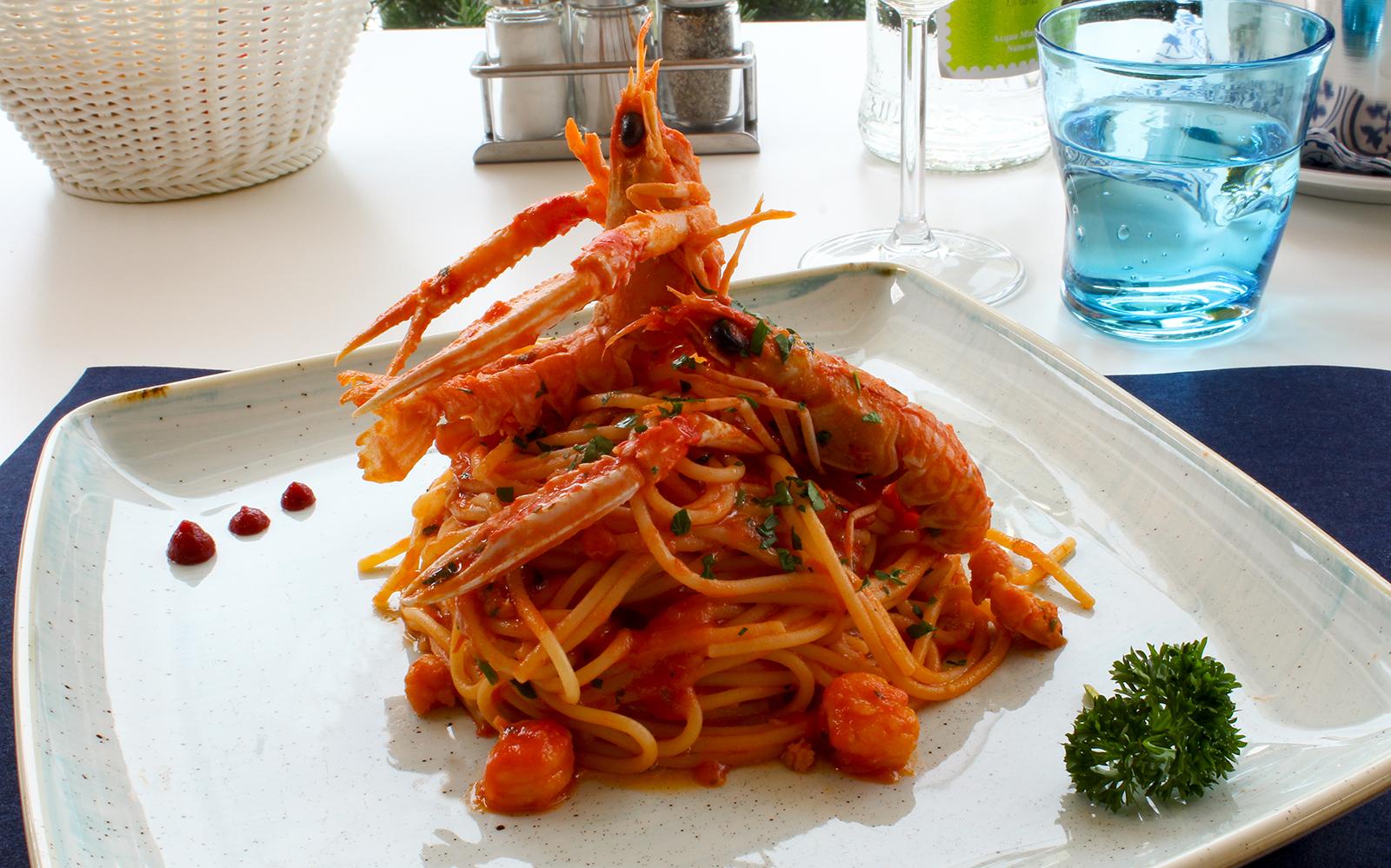 2-Fish-pasta-spezialitaeten-Restaurant-Pizzeria-Dei-Fiori