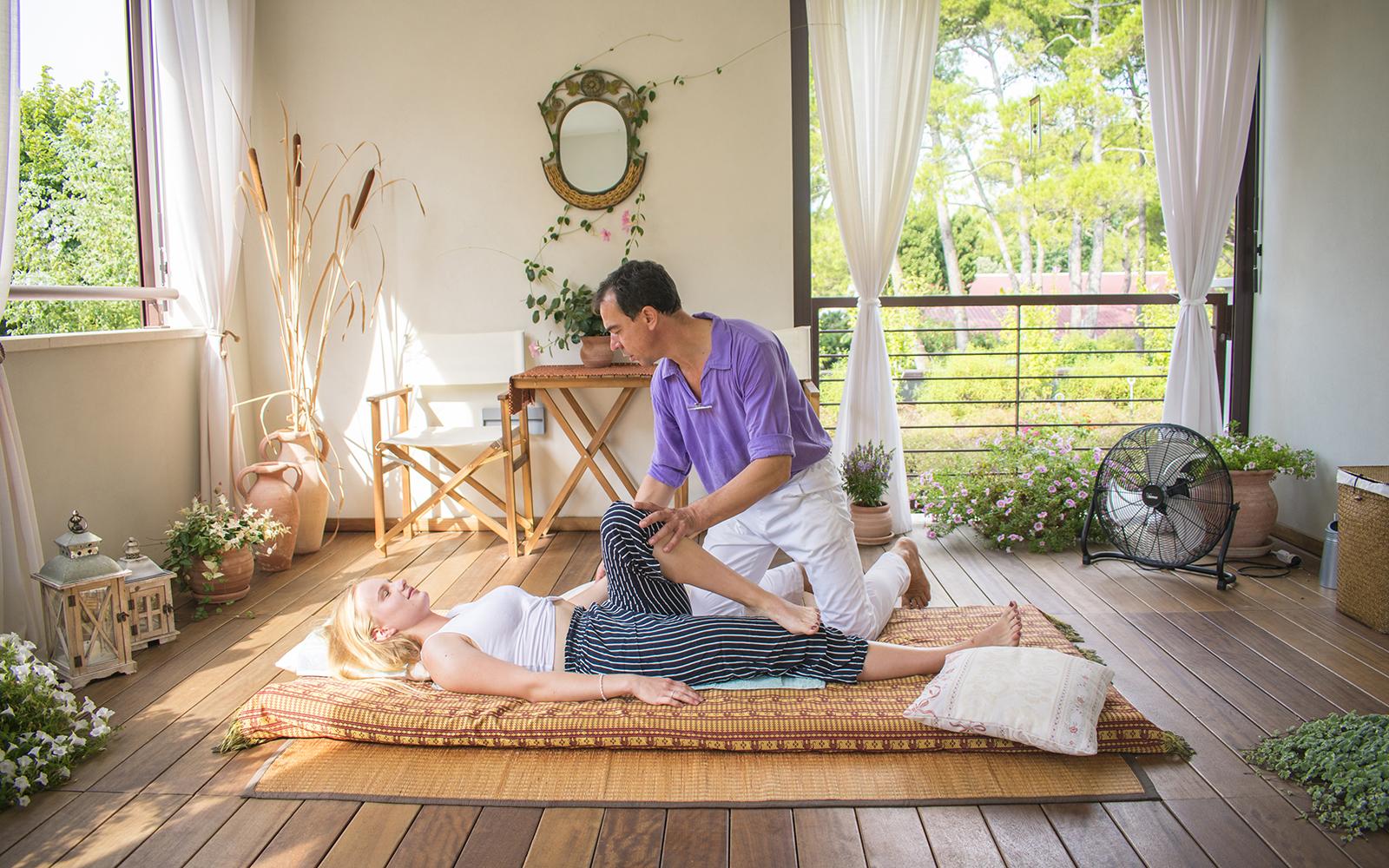 5-Campeggio-Dei-Fiori-massaggio-thailandese